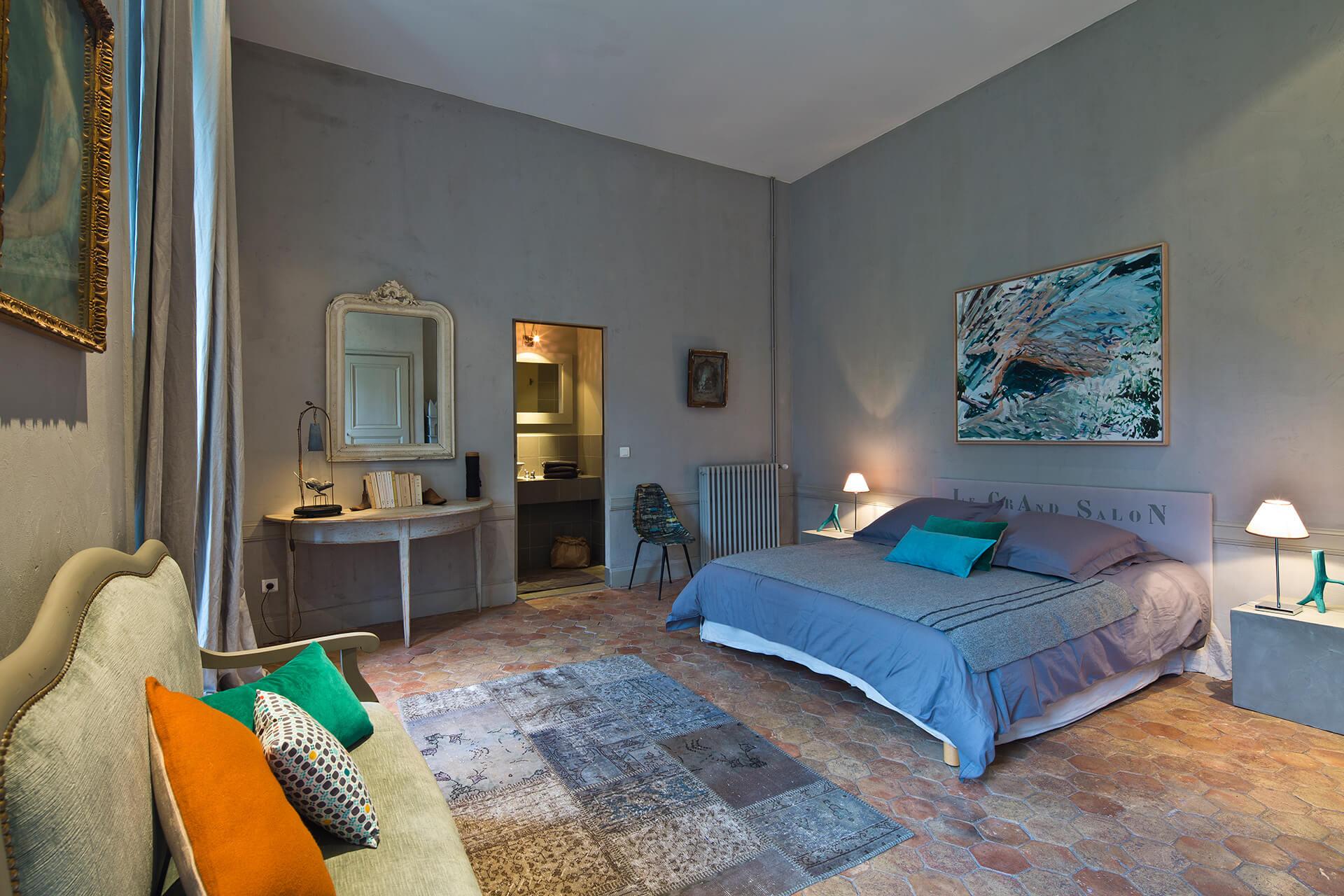 Maison hote chateau uzer chambre grand salon - Maison charme et tradition ...